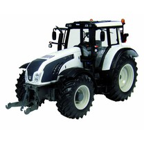 Valtra Universal Hobbies Valtra T Series Pearl white 1:32