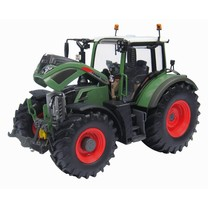 Fendt Universal Hobbies Fendt 724 Vario 1:32