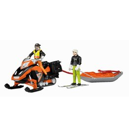 Bruder Bruder Snowmobil met bestuurder, Akia rescue slee en skier 1:16