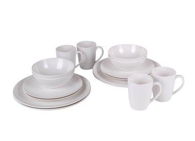 Service, Besteckgarnitur, Tassen und Gläser