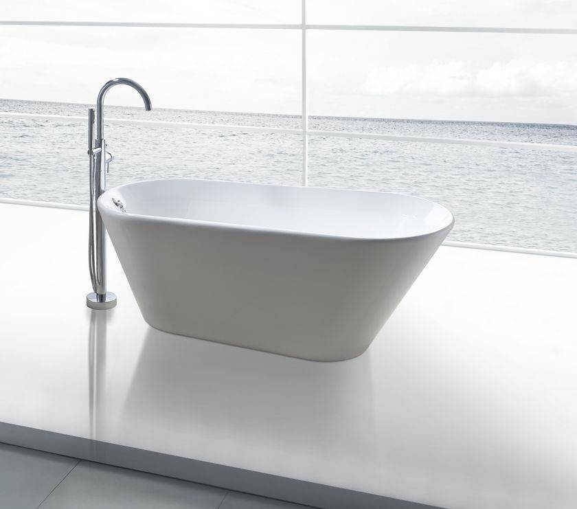 Een mooi en goedkoop vrijstaand bad in huis halen