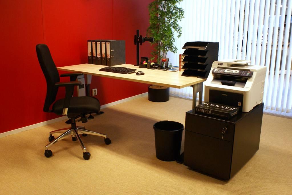 Complete werkplek bestaande uit bureau bureaustoel en for Ladeblok tekeningen