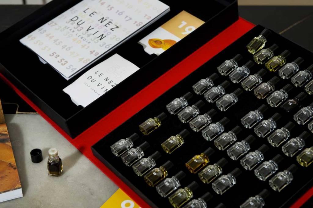 Le Nez du Vin Le Nez du Vin Masterkit 54 & 12 Foute & 12 Nieuw Eiken aroma's