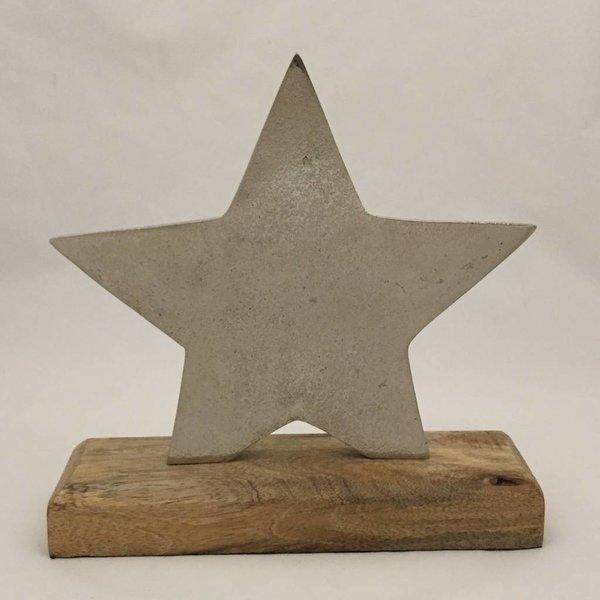 Stern groß auf Holzsockel