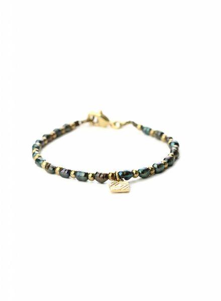 exoal blauwe zoetwater armband
