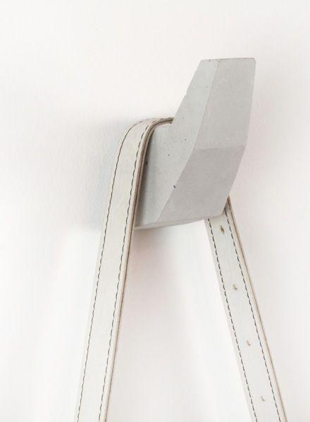 Piek I Concrete Hook
