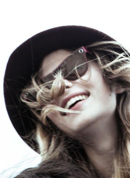 PAPPUP Papp UV Cosmo - Sonnenbrille aus  industriellen Holzresten mit UV 400-Polarisationsfilter