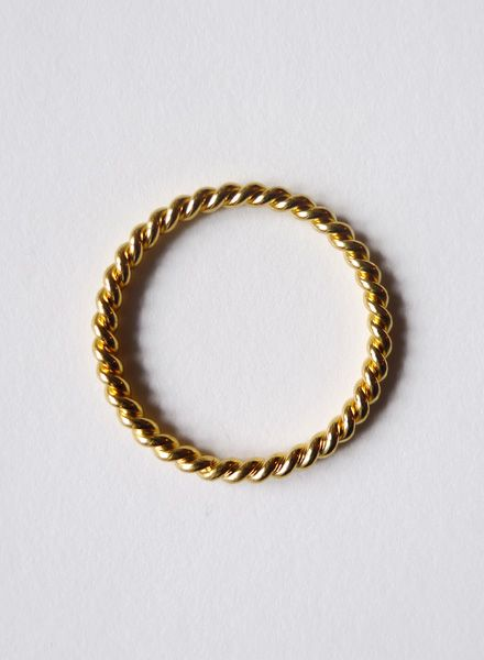 "Felicious Fingerring ""Twisted Gold"" - 925er Silber mit 750er Gold Plattierung"