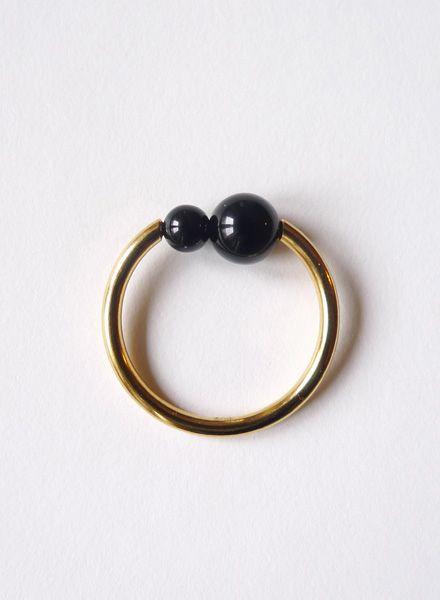 """Felicious Fingerring """"Balls Gold"""" - Runddrahtring aus 925er Silber und 750er Gelbgold-Plattierung."""