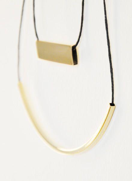 Studio Na.hili Square tube necklace I White or yellow gold