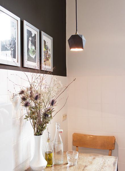 "GANTlights Pendant lamp ""Triangle T2"" made of concrete - gilded inside"