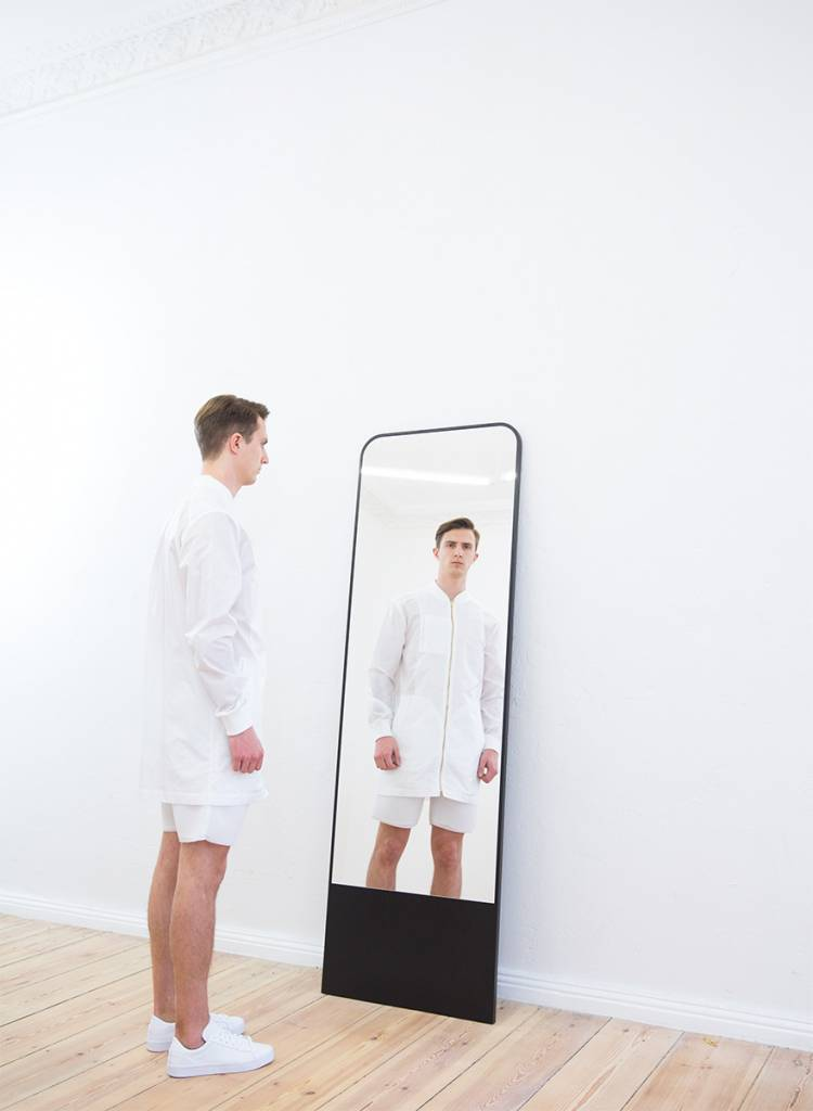 "Objekte unserer Tage Full-lenght mirror ""Friedrich"" made of real ash wood ve­neer"