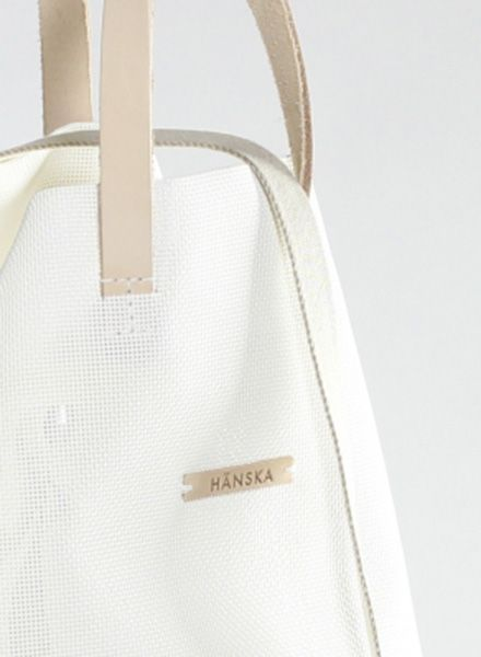 Hänska Shopper/Backpack made of white mesh and leather straps