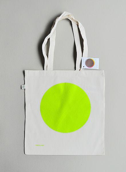 """Kolor Tote bag """"Neon Dot"""" made of 100% organic cotton with neon dot"""