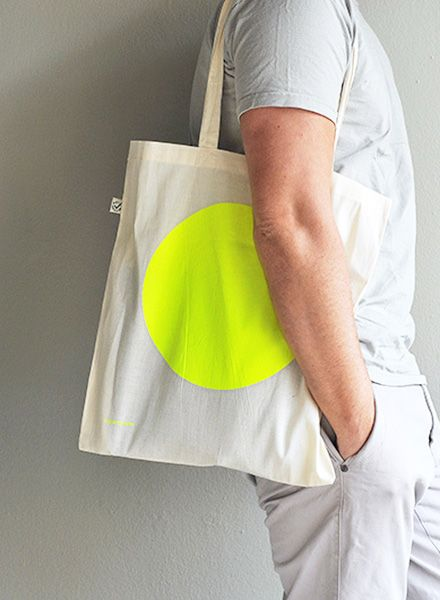 "Kolor Jutebeutel ""NEON DOT"" 100% Biobaumwolle mit großem neon Punkt"