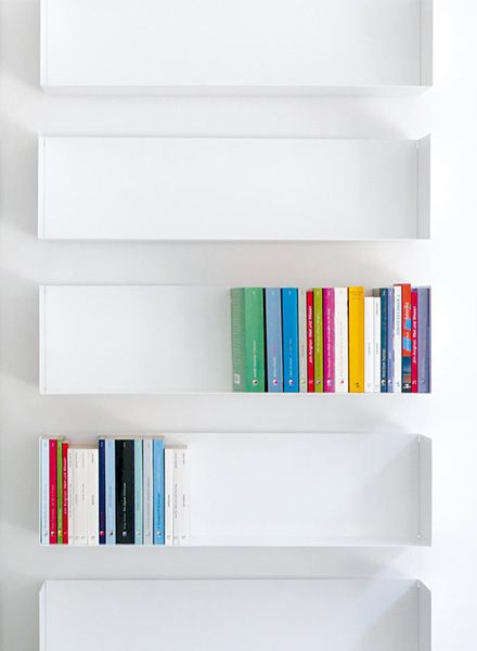 "Linea1 Book shelf ""Linea1_a"" - Paperback and DVD shelf"