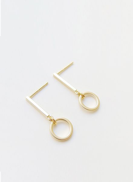 "SIBYLAI Earring ""No.6 Gold"" made of gold plated brass"