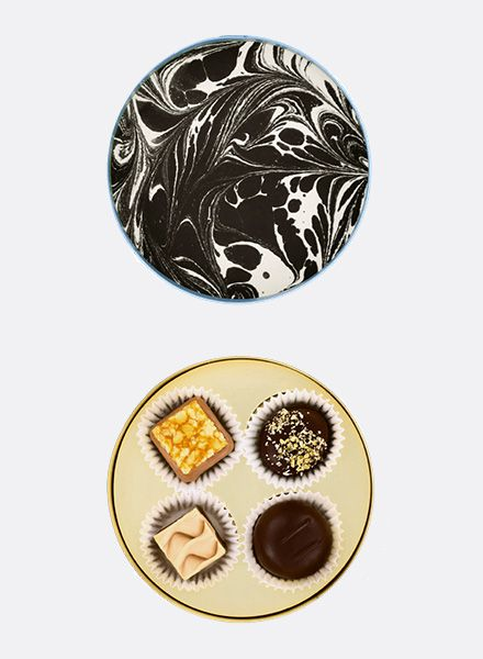 "Sawade Round Box of Chocolates ""Berliner Dom"" I Handmade in Berlin"