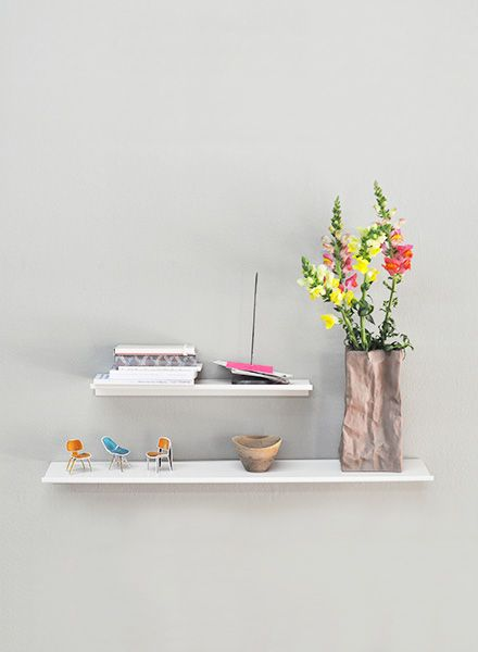 "Kolor Wall shelf ""Z-shelf"" - Shelf white powder coated"