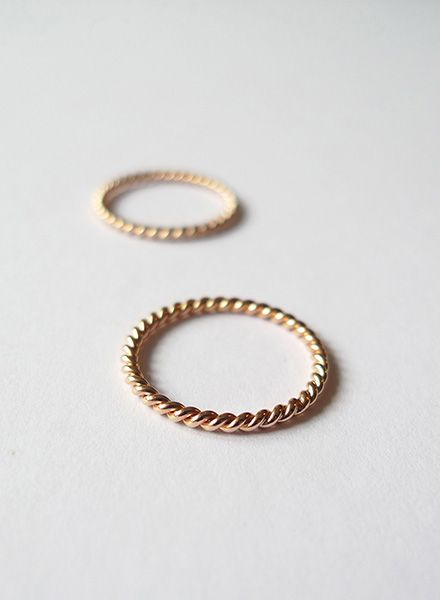 "Felicious Fingerring ""Twisted Rose-Gold"" - 925 Silver plated with 750 Gold"
