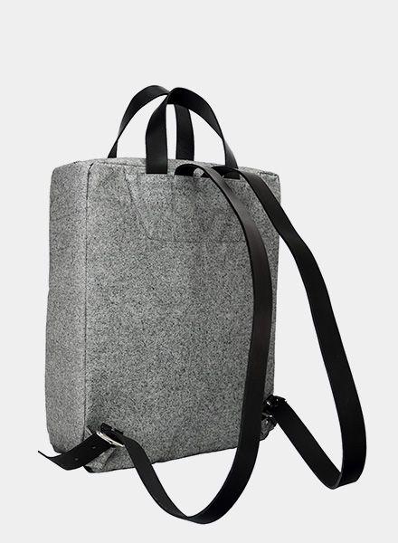 rucksack pajala grau von sarah johann kaufen of berlin. Black Bedroom Furniture Sets. Home Design Ideas