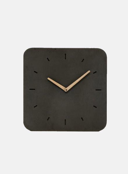 "WertWerke Concrete Clock ""Classic M"" Black"