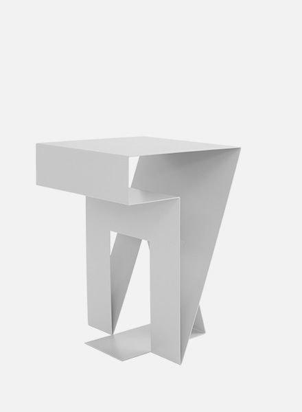 "Objekte unserer Tage Side table ""Neumann"""