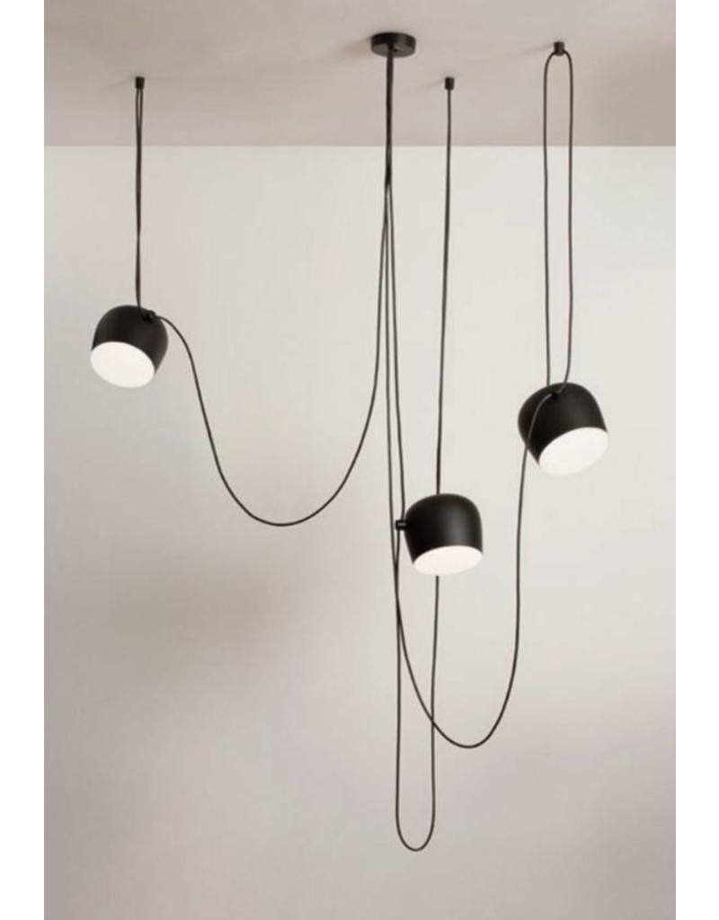flos aim sospensione led hanglamp design online meubels. Black Bedroom Furniture Sets. Home Design Ideas