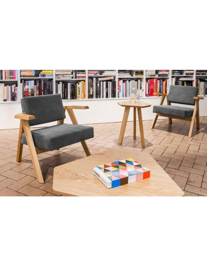 Noti clapp stoel design online meubels for Stoel houten poten