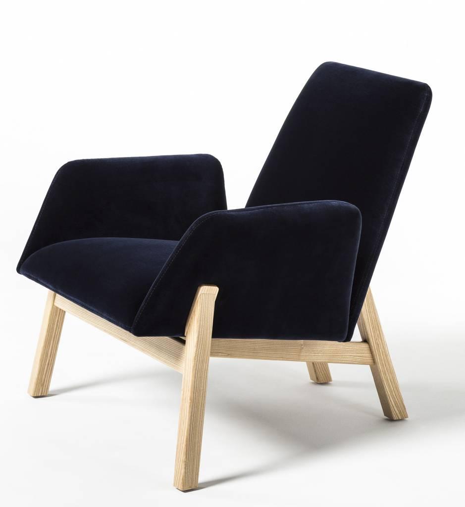 Noti manta stoel design online meubels for Stoel houten poten