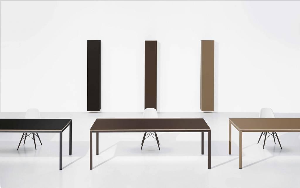 ultom minimum design bureau met glas design online meubels. Black Bedroom Furniture Sets. Home Design Ideas