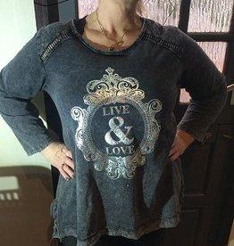 sweater met print love