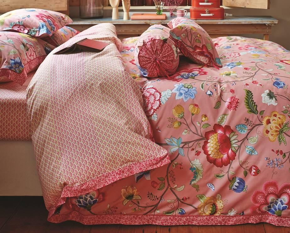 pip studio dekbedovertrek floral fantasy oud roze 140x200. Black Bedroom Furniture Sets. Home Design Ideas