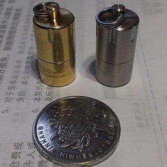 Sleutelhanger met Mini Waterdichte Capsule