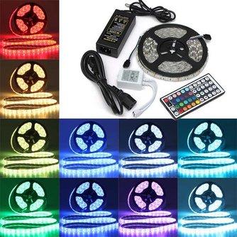 Waterdichte RGB Strip met 300 LED Multicolor 5M