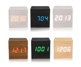 Houten Digitale  LED Klok