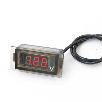 Digitale voltmeter voor in auto