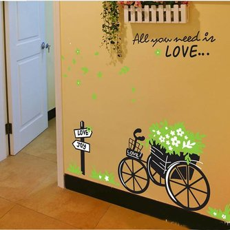 Muurdecoratie met Tekst All You Need Is Love en Bakfiets