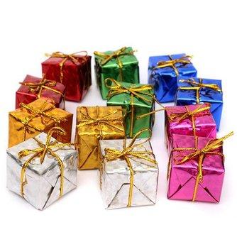 Kerstboom Met Cadeautjes 12 Stuks