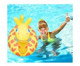 Opblaasbare Giraffe Voor In het Zwembad