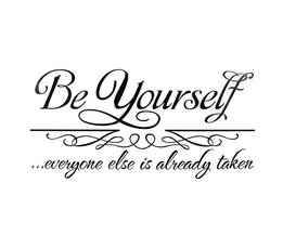 Muursticker Quote Be Yourself