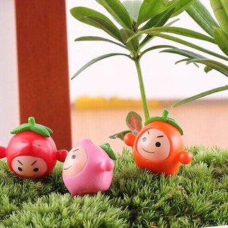 Tuinversiering Klein Fruitpoppetje