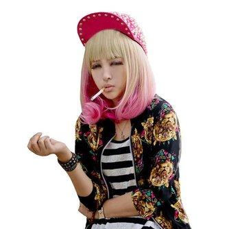 Roze met Blonde Pruik