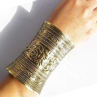 Manchet Armband Lang met Reliëf