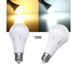 LED Lamp die Dimbaar is Met E27 Fitting