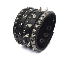 Gothic Armband met Spikes