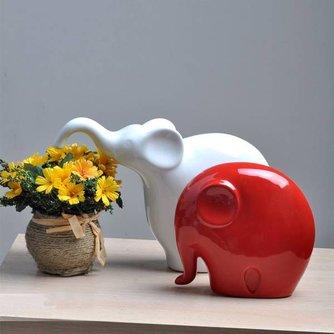 Twee Decoratieve Olifanten van Chinees Keramiek