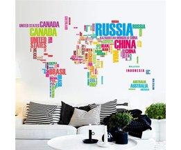 Wereldkaart Sticker Met Letters en Kleuren