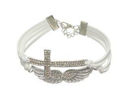 Armband met Kruisje en Vleugels