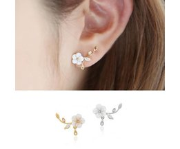 Trendy bloem oorbellen in verschillende kleuren
